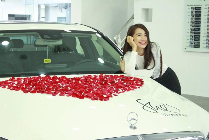 Truong Giang mua xe hoi 1,6 ty dong tang Nha Phuong hinh anh 2