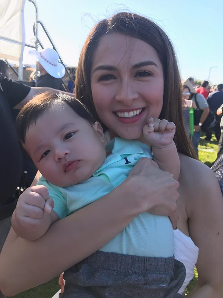 Con trai Dan Truong duoc vo chong 'my nhan dep nhat Philippines' be hinh anh 1