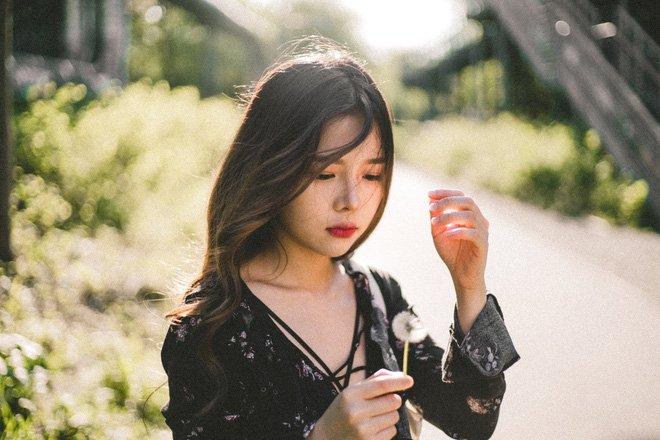 Video: Hot girl 25 tuoi bien hoa thanh ba Phuong 'Song chung voi me chong' hinh anh 3