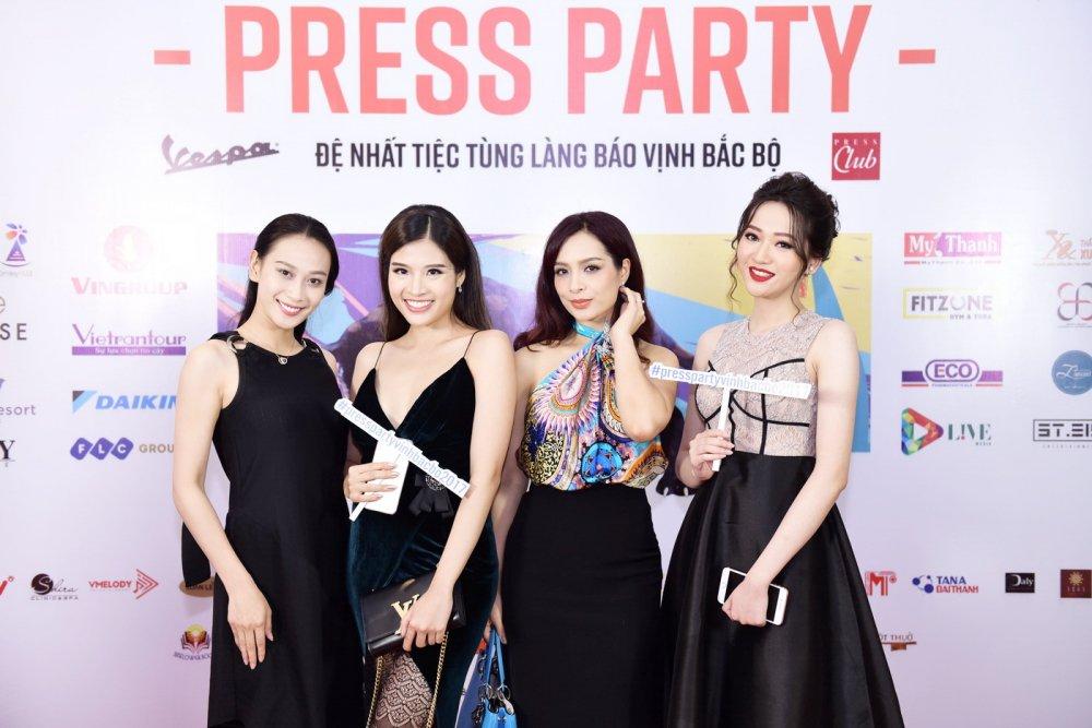 Thu Minh nhay sung het co cung Xuan Bac, Phan Anh hinh anh 8