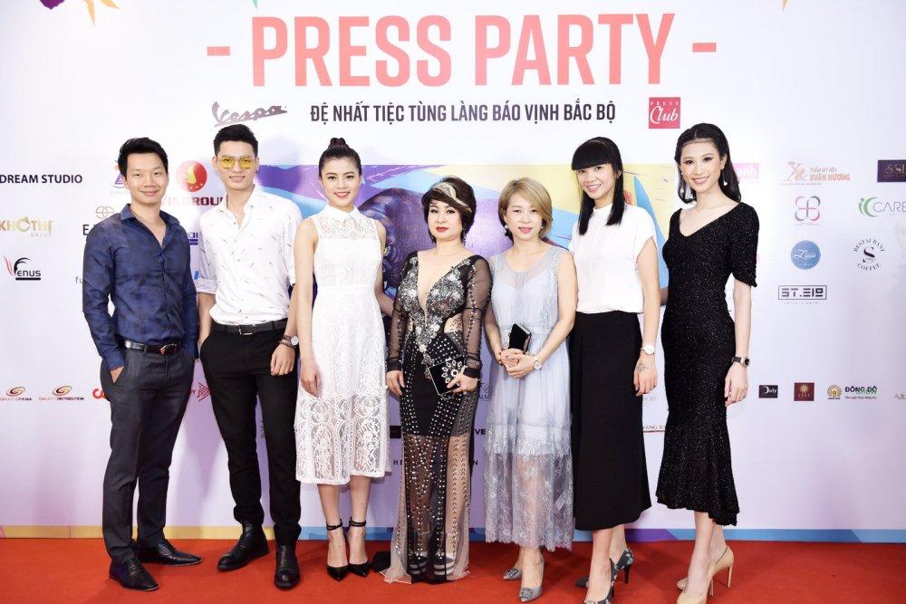 Thu Minh nhay sung het co cung Xuan Bac, Phan Anh hinh anh 7
