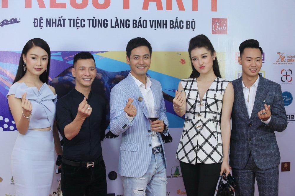 Thu Minh nhay sung het co cung Xuan Bac, Phan Anh hinh anh 6