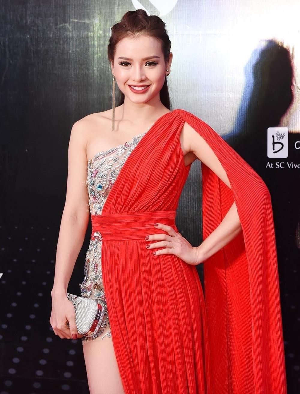 Phuong Trinh Jolie: 'Toi yeu va bo nhieu dan ong de tra thu cho me' hinh anh 2