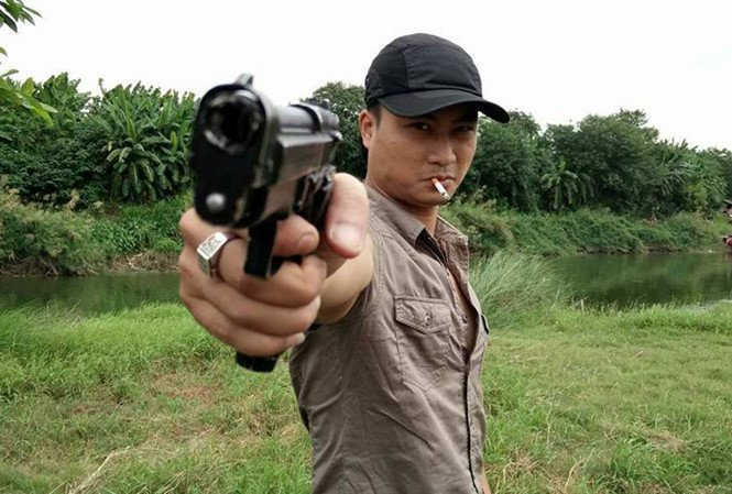 Hoang 'Mat sat': Toi bi bam dap khap nguoi khi quay canh cuong buc Huong 'Pho' hinh anh 2
