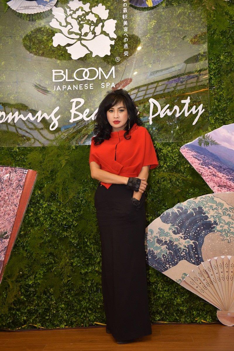 Diva Thanh Lam xuat hien rang ro sau phat ngon day song showbiz Viet hinh anh 5