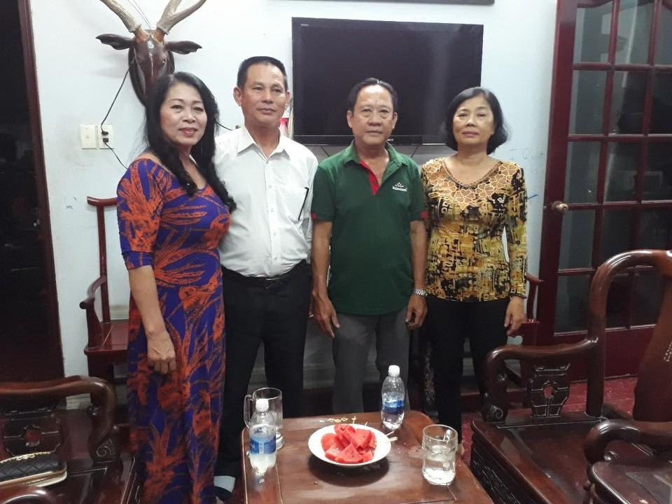 Lam Chi Khanh va ban trai kem 8 tuoi rang ro trong ngay dam ngo hinh anh 5