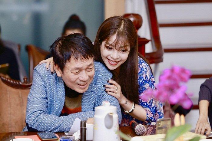 Vua to Ngoc Anh het cat xe 10.000 USD, Phu Quang vui ve ben nang tho moi hinh anh 2