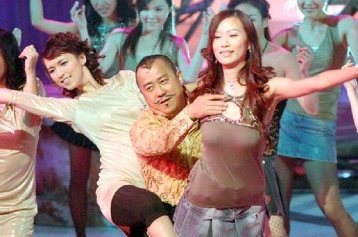 Tang Chi Vy: Trum showbiz Hong Kong dinh be boi hiep dam hang loat hinh anh 4