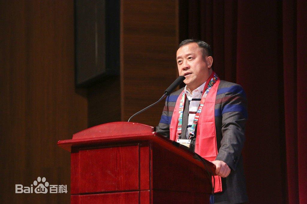 Tang Chi Vy: Trum showbiz Hong Kong dinh be boi hiep dam hang loat hinh anh 1