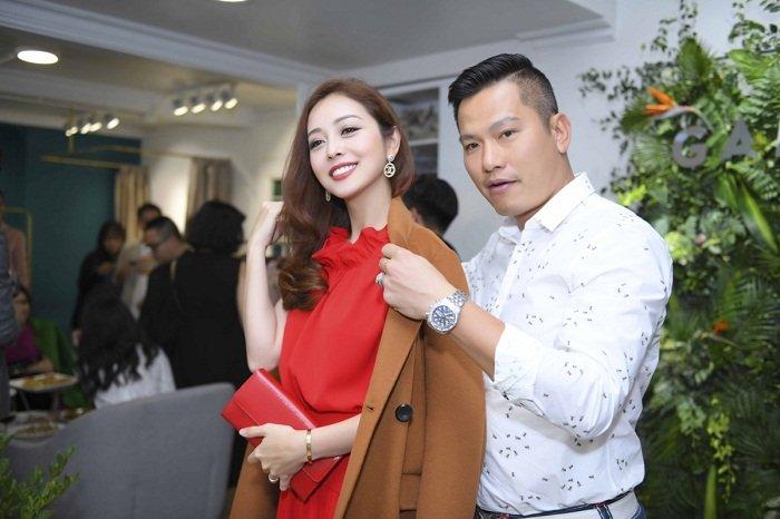 Jennifer Pham duoc chong cham soc chu dao tai su kien hinh anh 2