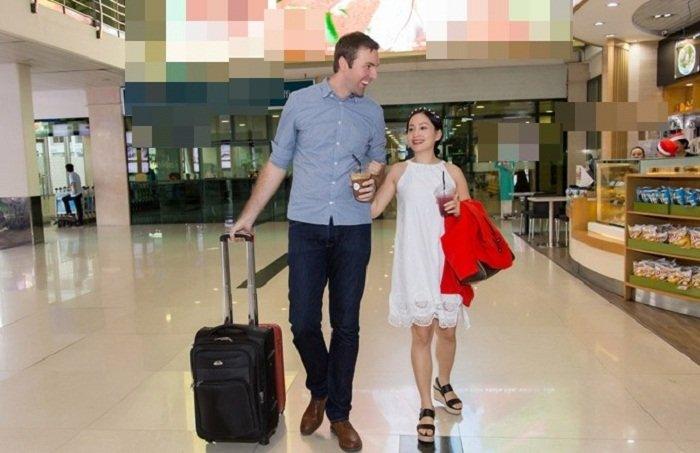 Lan Phuong: 'Toi boi roi khi biet minh mang bau' hinh anh 1