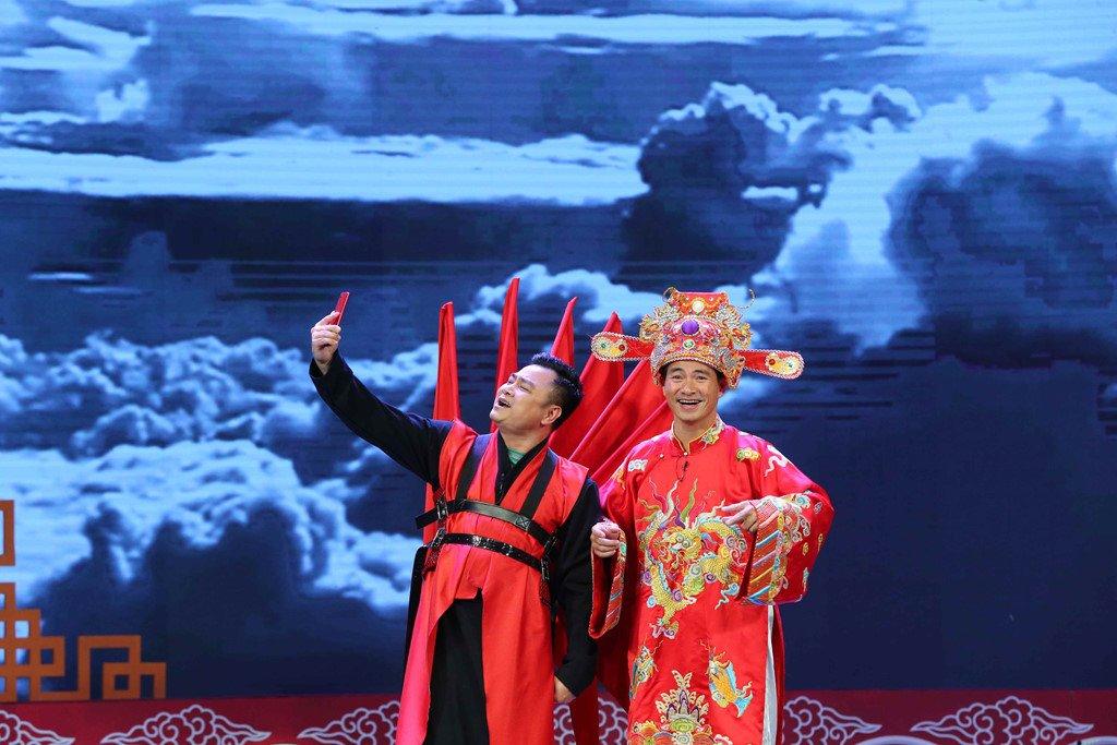 Chuyen ve nhung nghe si 'danh ca thanh xuan de lam Tao Quan' hinh anh 1