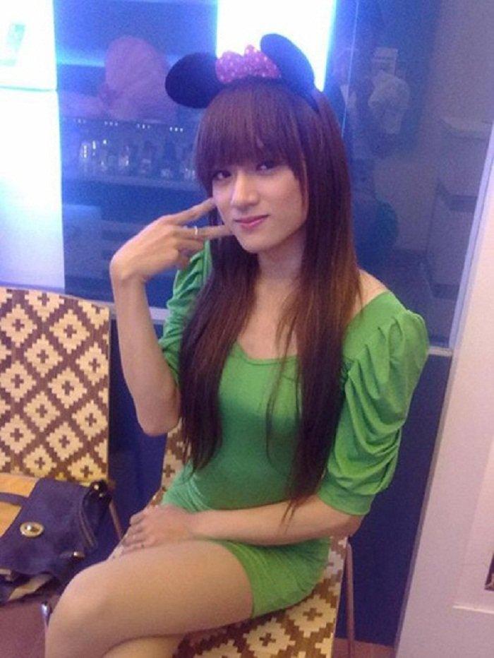Huong Giang Idol: Hanh trinh tu chang trai ten Hieu den Hoa hau Chuyen gioi Quoc te hinh anh 2