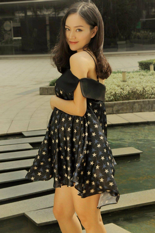 Lan Phuong 'Ca mot doi an oan' hanh phuc khoe bung bau hinh anh 3