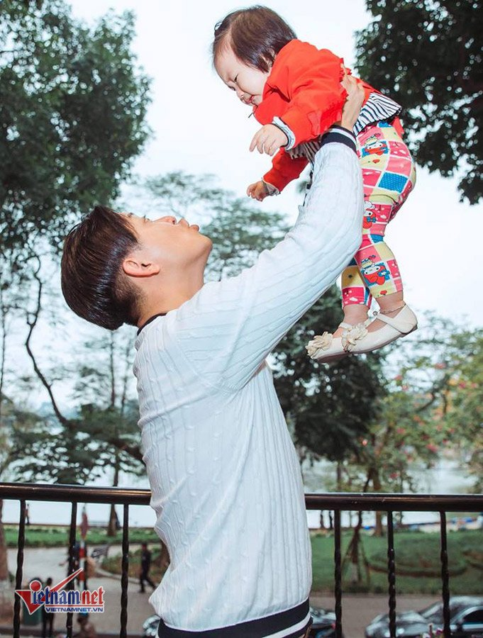 Tuan Hung lan dau thua nhan moi quan he ran nut voi Tu Dua hinh anh 1