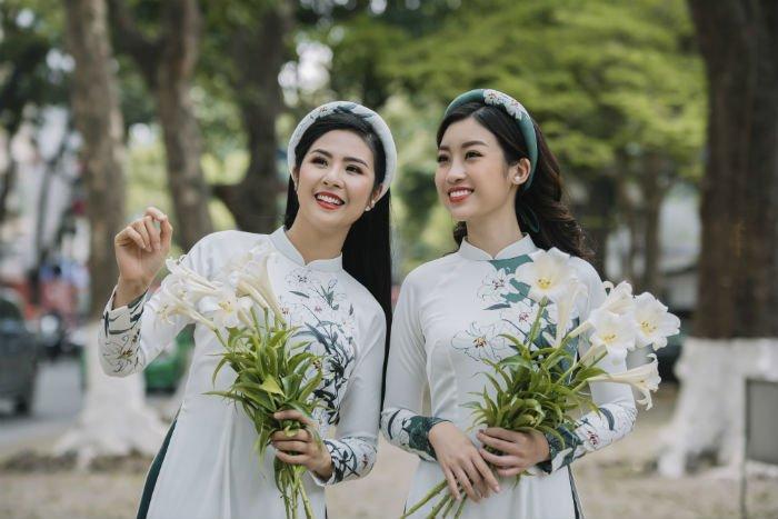 Hoa hau Do My Linh thanh 'nang tho' trong bo suu tap ao dai moi cua Ngoc Han hinh anh 2