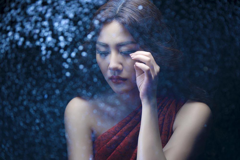 Van Mai Huong bi giat tui xach, hot hoang keu cuu hinh anh 1