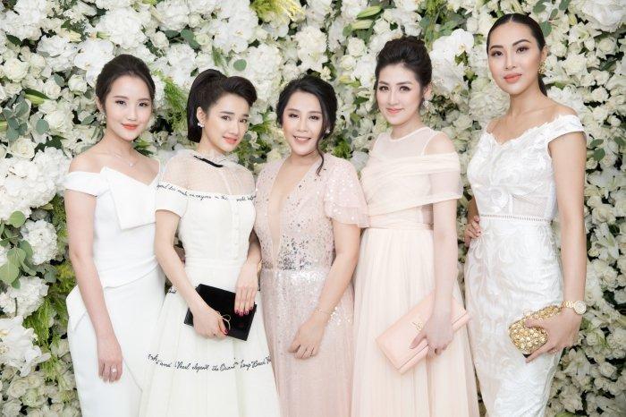 Bo mac scandal cua Truong Giang - Nam Em, Nha Phuong xinh tuoi du su kien hinh anh 1