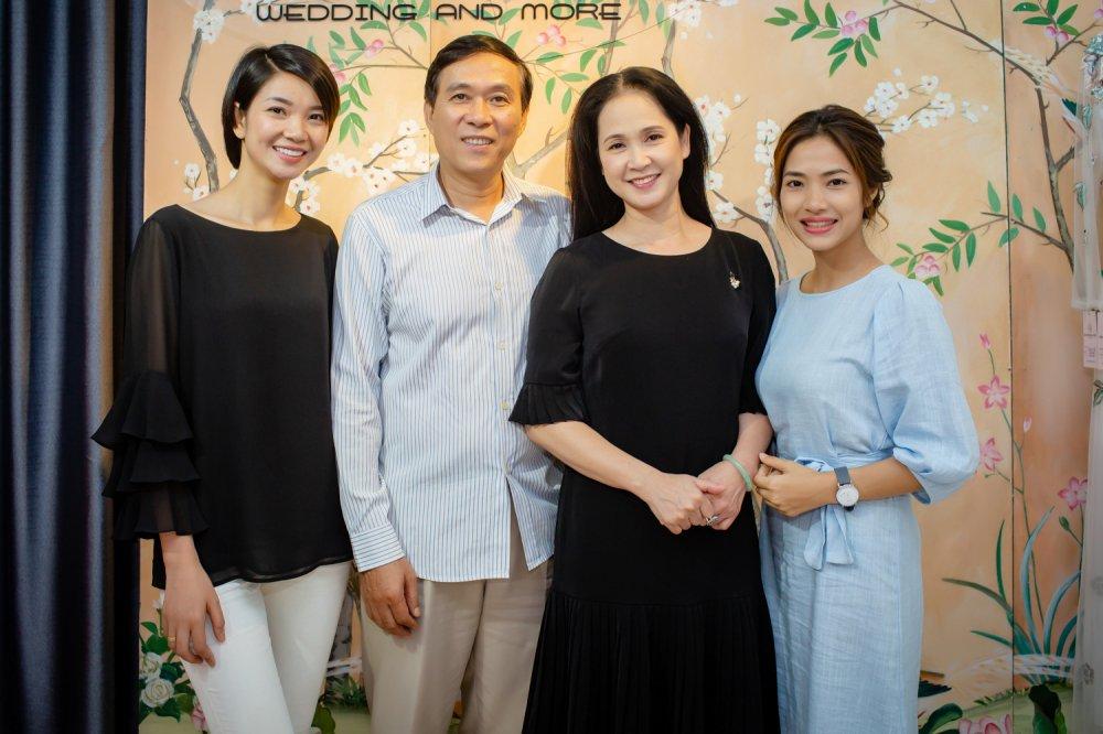 Vo chong NSND Lan Huong - Do Ky cho nhau bang xe cub di may do hinh anh 7