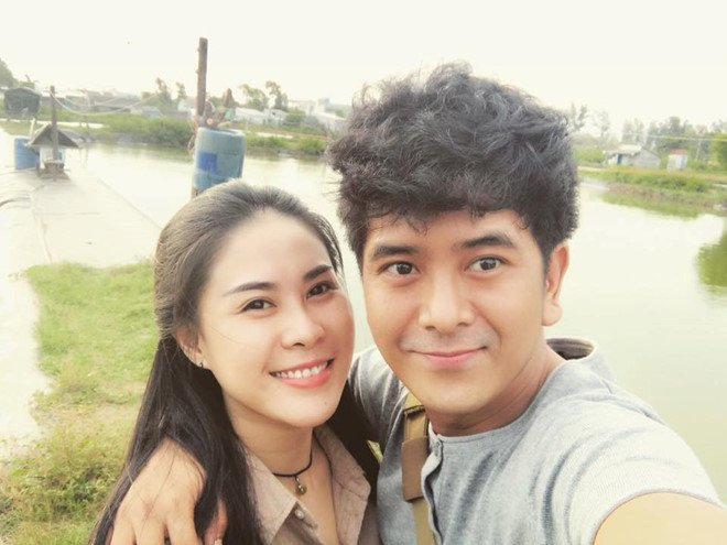 Hung Thuan 'Dat phuong Nam': Sao nhi noi tieng mot thoi khong ngai livestream ban my pham hinh anh 8