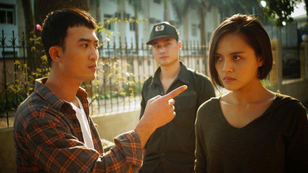 Bao ke dong mai dam trong phim cua VTV mac trang phuc giong cong an, dien vien noi gi? hinh anh 2