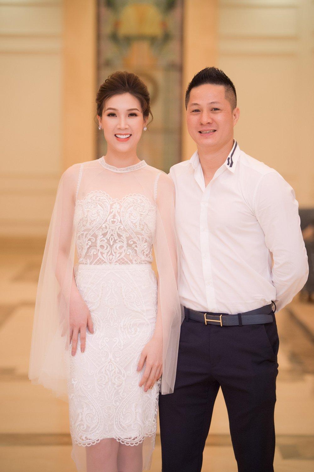 Huong Giang bat ngo khong dien o vi tri vedette cung Pham Huong hinh anh 6