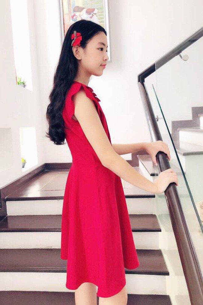 Con gai ruou cua MC Quyen Linh: Cang lon cang xinh, duoc du doan la hoa hau tuong lai hinh anh 12