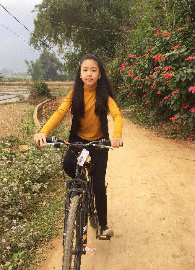 Con gai ruou cua MC Quyen Linh: Cang lon cang xinh, duoc du doan la hoa hau tuong lai hinh anh 10