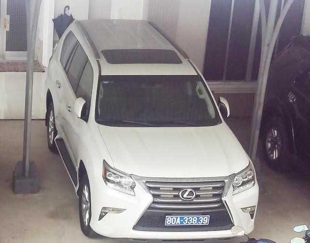 Nhan 2 xe Lexus cua doanh nghiep, Ca Mau bao cao khan Thu tuong hinh anh 1