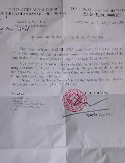 Cuc truong Thi hanh an dan su 'cam' cap duoi tra loi bao chi hinh anh 1