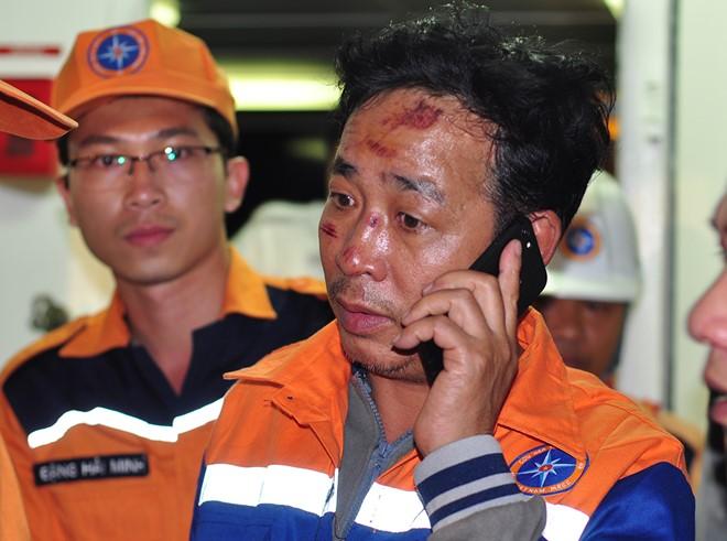 Chim tau Hai Thanh, 9 nguoi mat tich: 'Cac bac co gang cuu bo chau voi' hinh anh 1