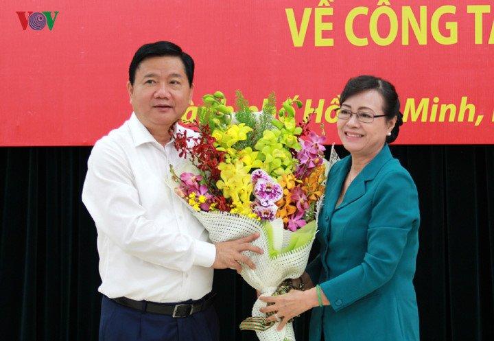 Dau an cua ong Dinh La Thang trong 15 thang lam Bi thu TP.HCM hinh anh 14