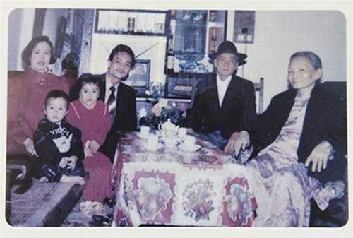 Anh doc thoi Lam Chi Khanh va Huong Giang Idol chua chuyen gioi hinh anh 21