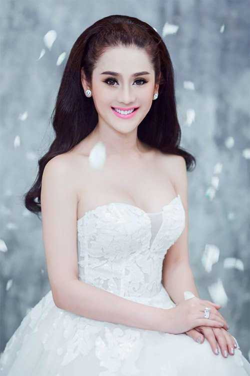 Lam Chi Khanh: 'Doi ten Khanh Chi de duoc may man' hinh anh 3