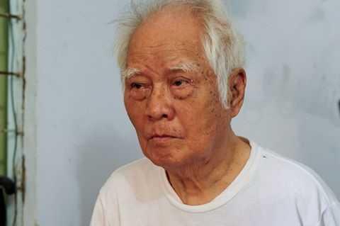 Nhac si Nguyen Van Ty co don trong can nha 10 m2 hinh anh 1