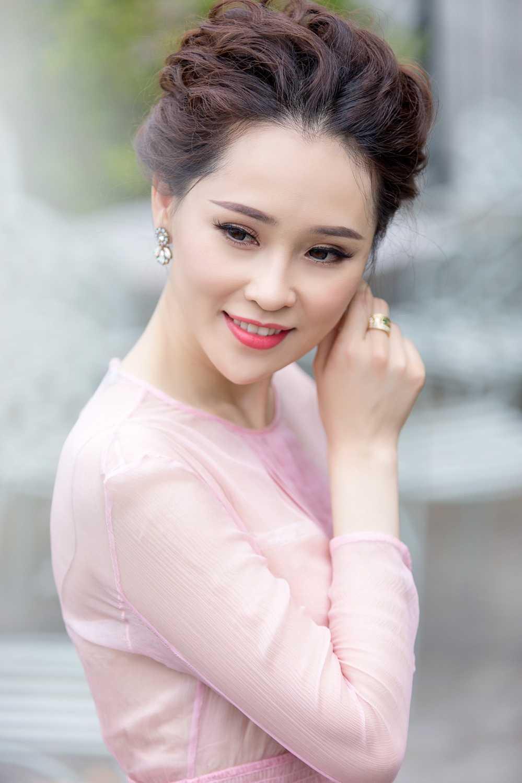 A hau Thai Nhu Ngoc sang chanh trong loat hang hieu sieu dat do hinh anh 4
