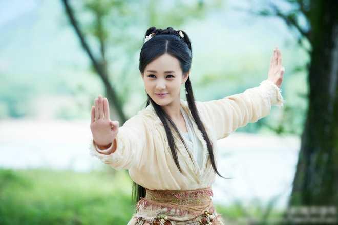 Quach Tinh cua 'Anh hung xa dieu 2016' khien fan ban tan hinh anh 7