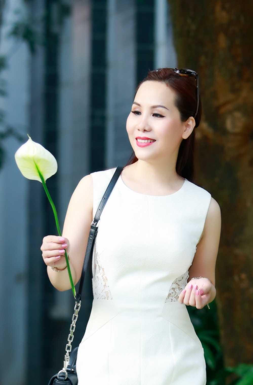 Nu hoang doanh nhan Kim Chi: Phu nu ly hon la dang cuoi lai cuoc doi minh hinh anh 1
