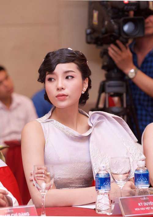 BTC: 'Se co quy che moi de tranh scandal nhu Hoa hau Ky Duyen' hinh anh 4