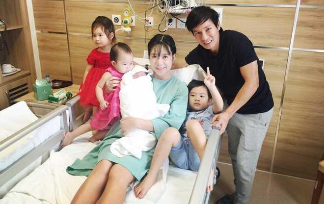 Ly Hai - Minh Ha hanh phuc ben quy tu thu 4 vua chao doi hinh anh 7