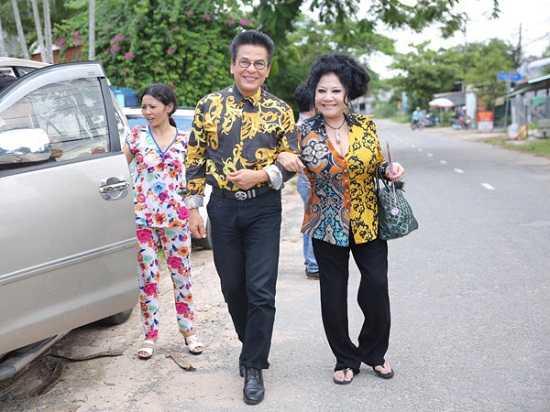 Ngay 19/7, MC Thanh Bach to chuc cuoi lan thu 9 hinh anh 1