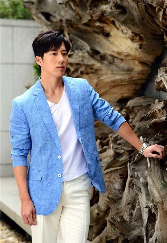 Em trai tiet lo Kim Tae Hee va Bi Rain sap to chuc dam cuoi hinh anh 1