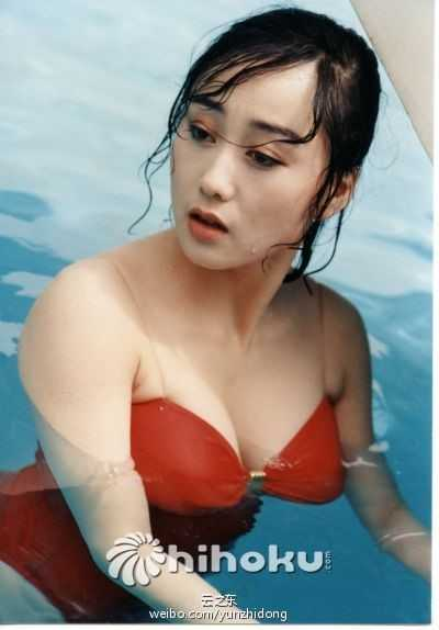 My nhan khien Ly Lien Kiet bo vo con, Thanh Long me man la ai? hinh anh 2