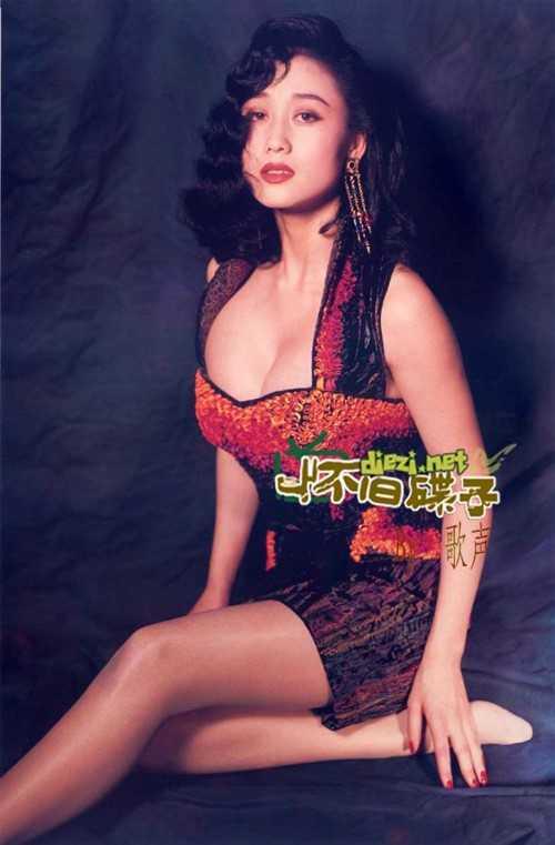 My nhan khien Ly Lien Kiet bo vo con, Thanh Long me man la ai? hinh anh 6