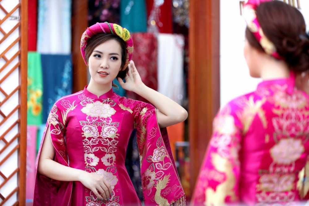 Thuy Van thu vay ao chuan bi lam MC chung ket Hoa hau Viet Nam 2016 hinh anh 3