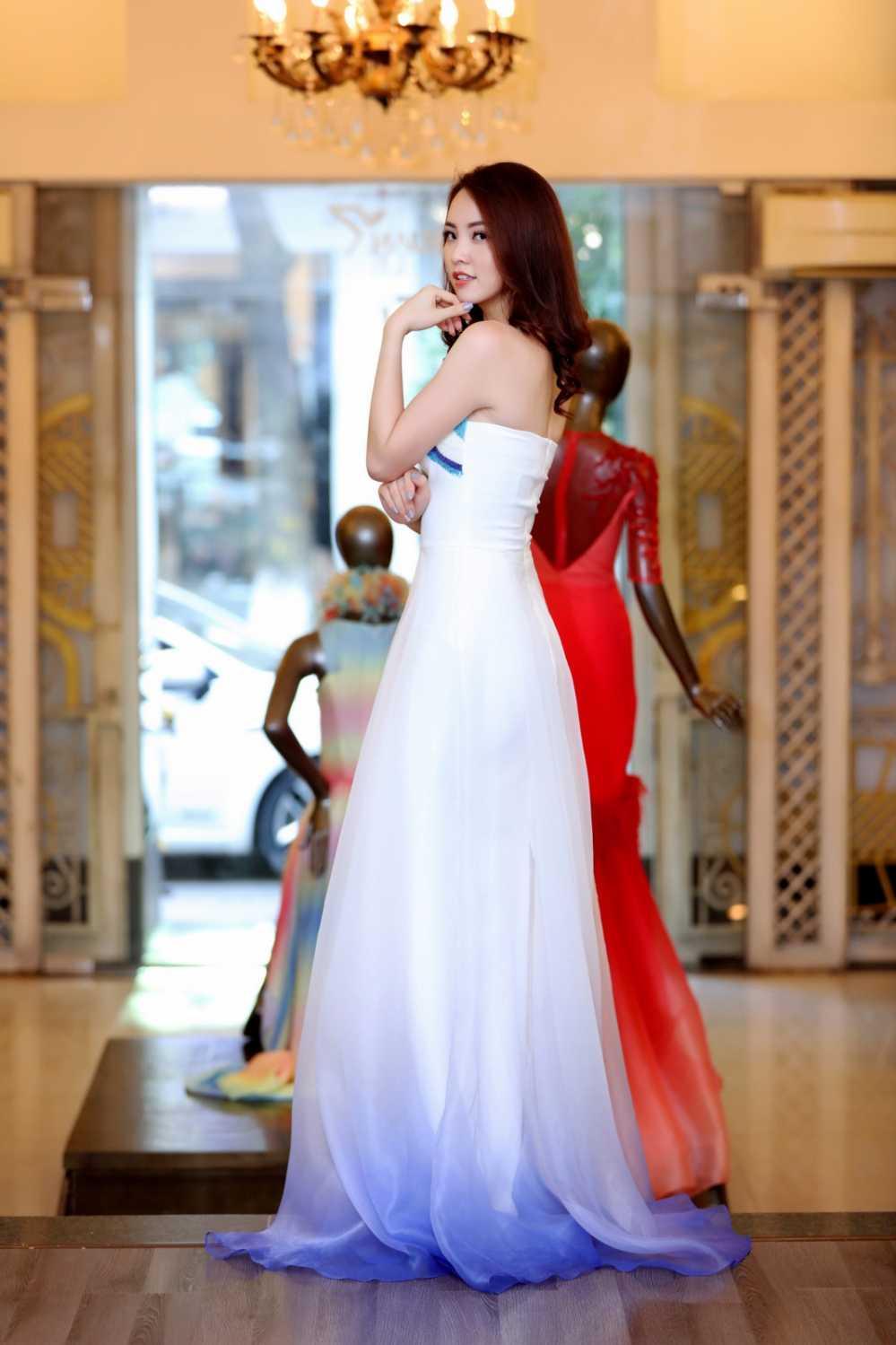 Thuy Van thu vay ao chuan bi lam MC chung ket Hoa hau Viet Nam 2016 hinh anh 8