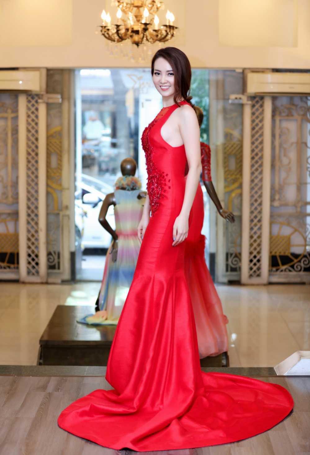 Thuy Van thu vay ao chuan bi lam MC chung ket Hoa hau Viet Nam 2016 hinh anh 6