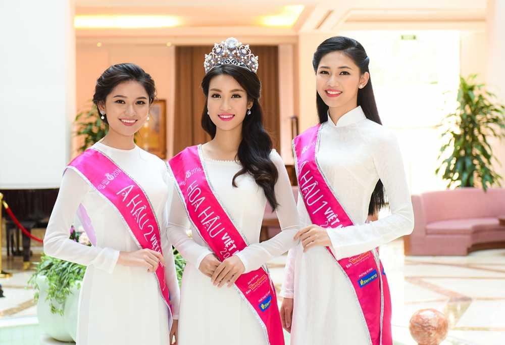 Tan Hoa hau va hai A hau Viet Nam 2016 duyen dang trong ta ao dai trang hinh anh 2