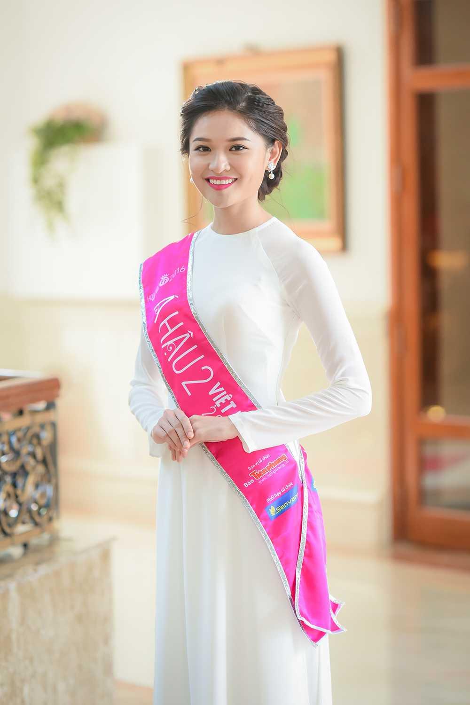 Tan Hoa hau va hai A hau Viet Nam 2016 duyen dang trong ta ao dai trang hinh anh 7