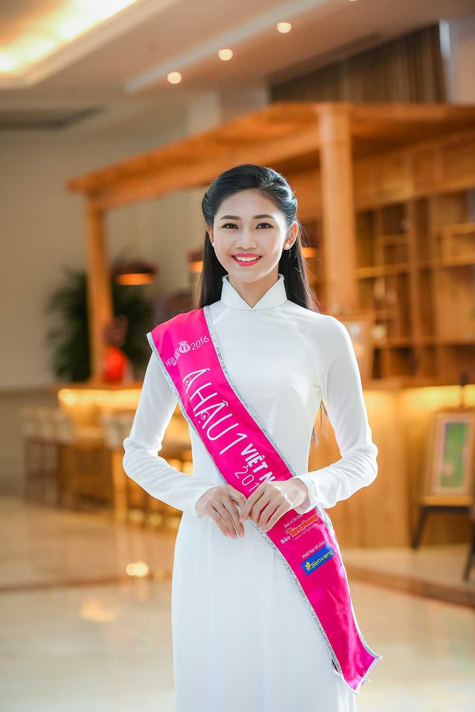 Tan Hoa hau va hai A hau Viet Nam 2016 duyen dang trong ta ao dai trang hinh anh 5